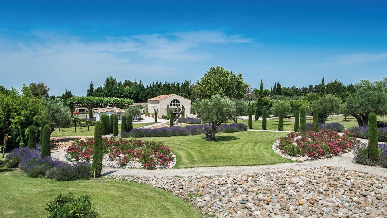 HOLIDAY RENTAL, LUXURY VILLA OR PROPERTY IN FRANCE