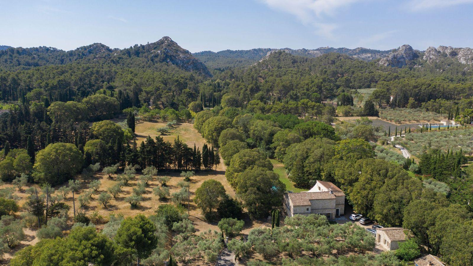 Location de luxueuses Villas à Saint-Rémy-de-Provence piscine privée