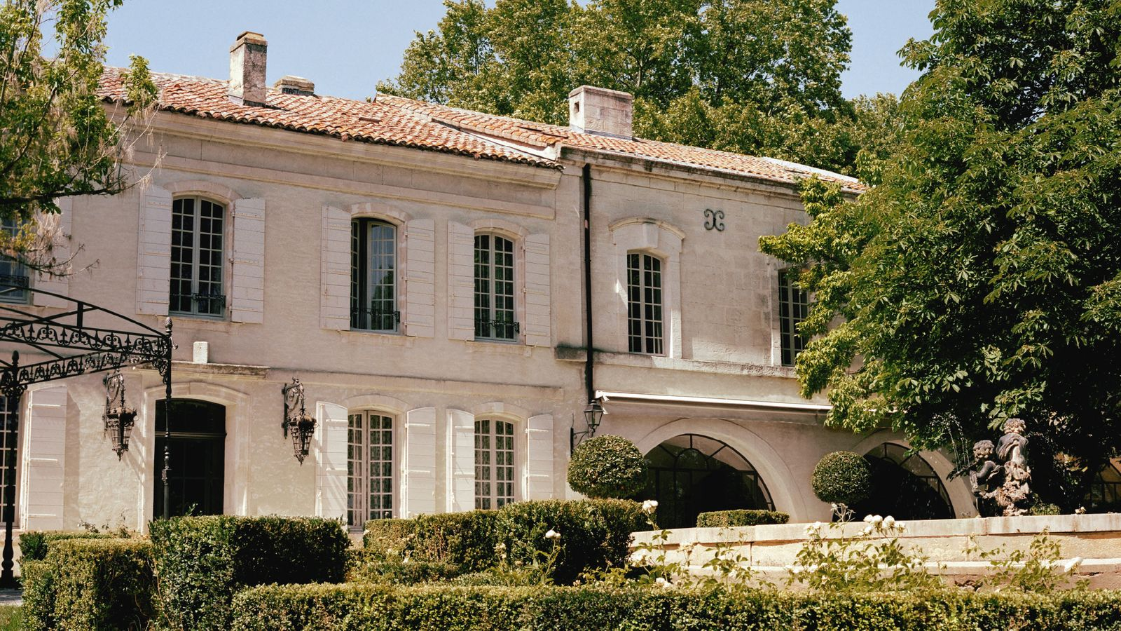Location saisonnière avec piscine privée en Provence Bouches-du-Rhône