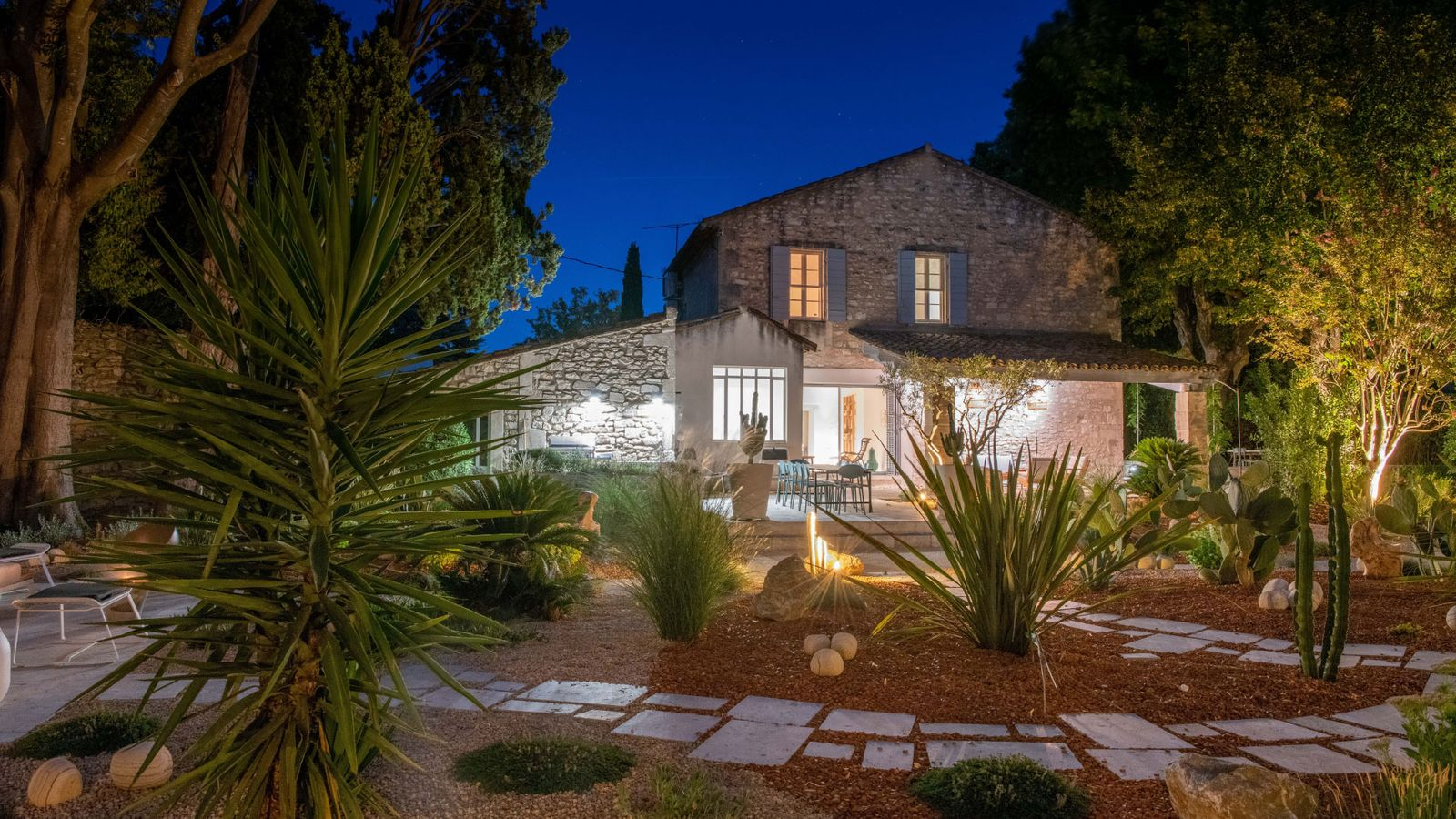 Luxurious house rent vacations provence swimming pool